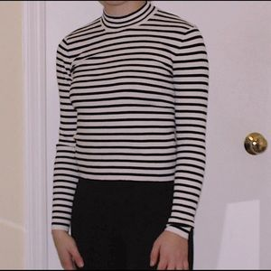 Tops - Stripped knit top